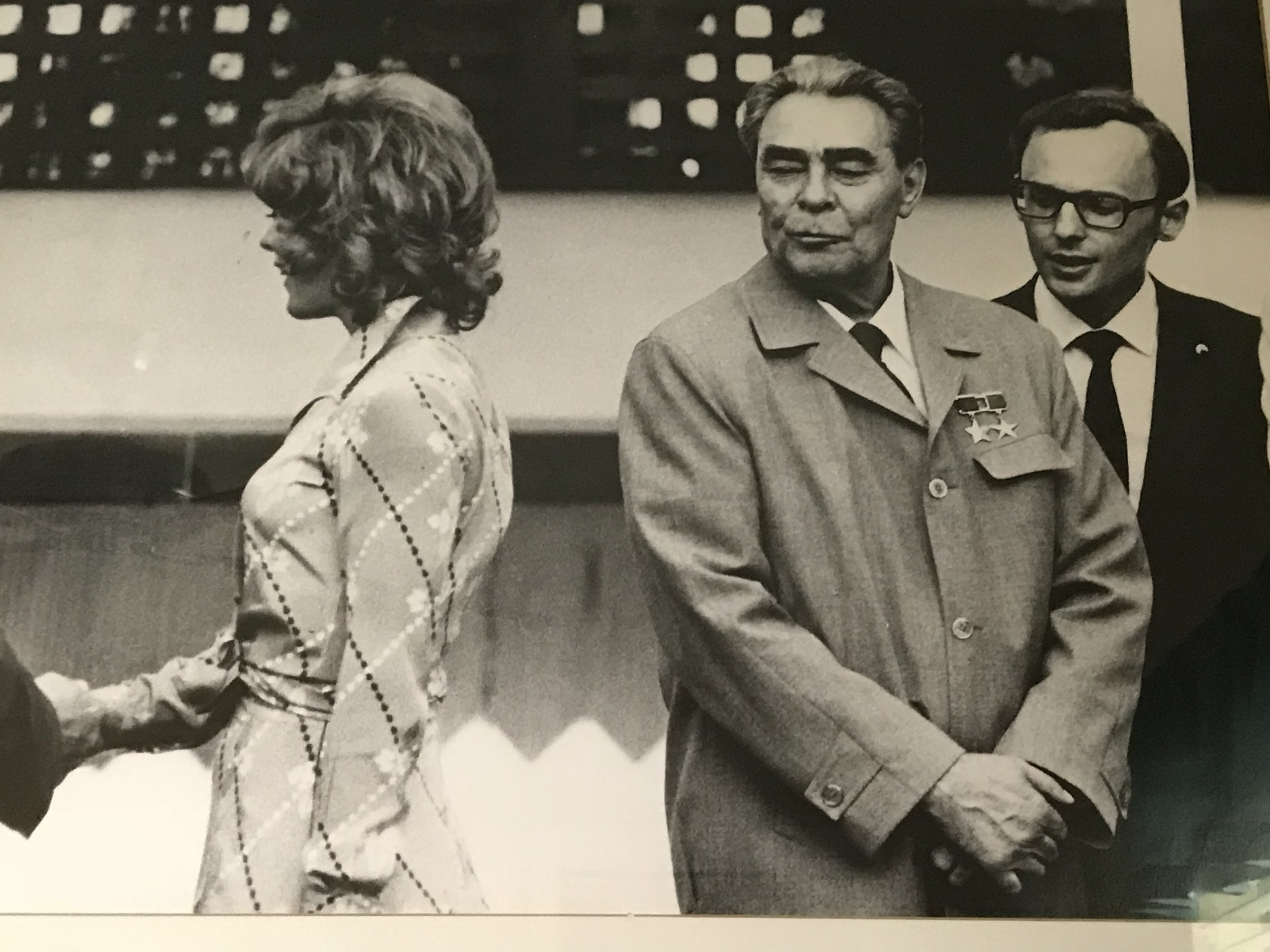 Russian President Leonid Brezhnev ogles actress Jill St. John at a Washington DC function. Copyright: Wally McNamee