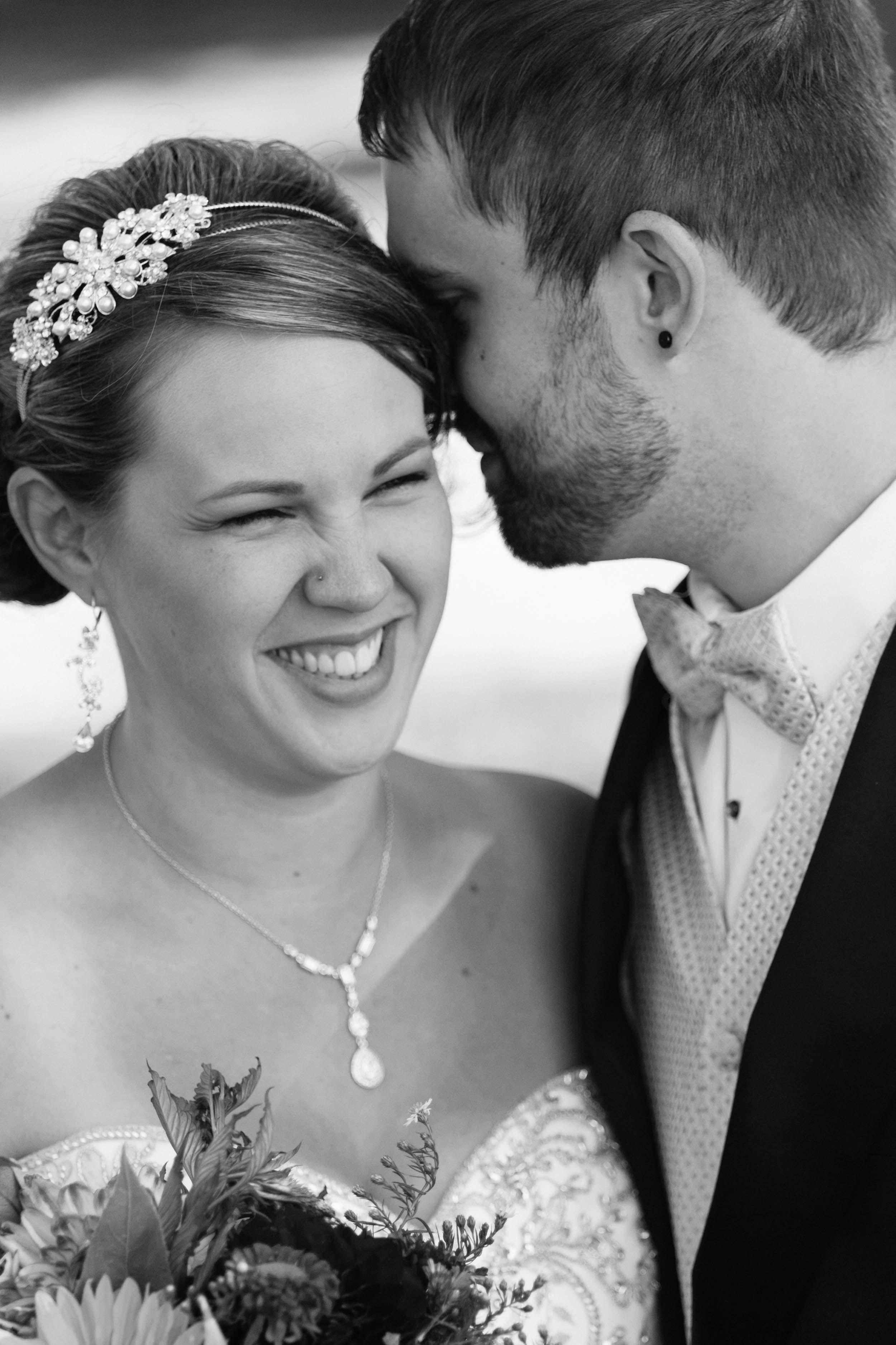 Aaron-Laura-Seattle-Wedding-Photography-301.jpg