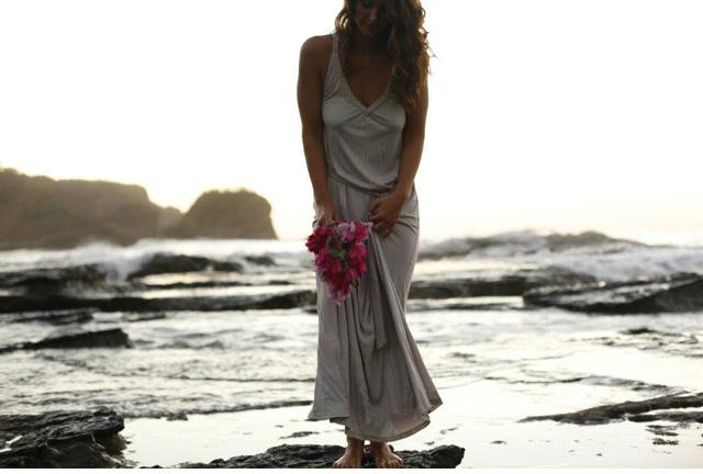 destination-wedding-dress-05.jpg