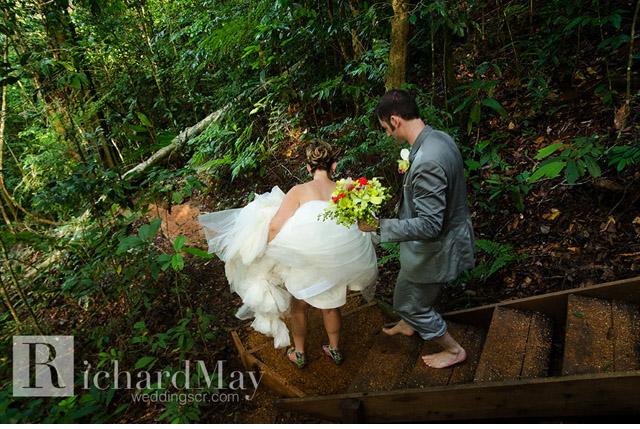 costa_rica_osa_peninsula_wedding-032.jpg