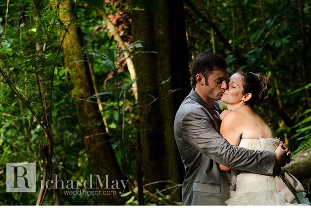 costa_rica_osa_peninsula_wedding-034.jpg
