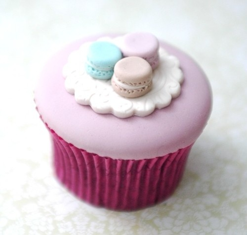 Yummy cupcakes topped with macaroon fondant.