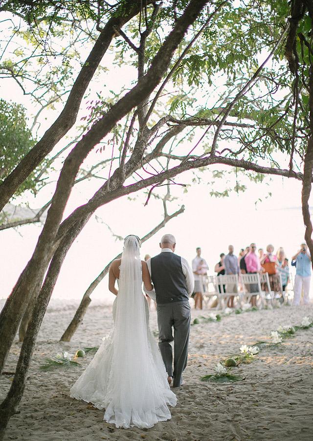 costa-rica-wedding-comfort-studio-reserva-conchal-wedding-11.jpg