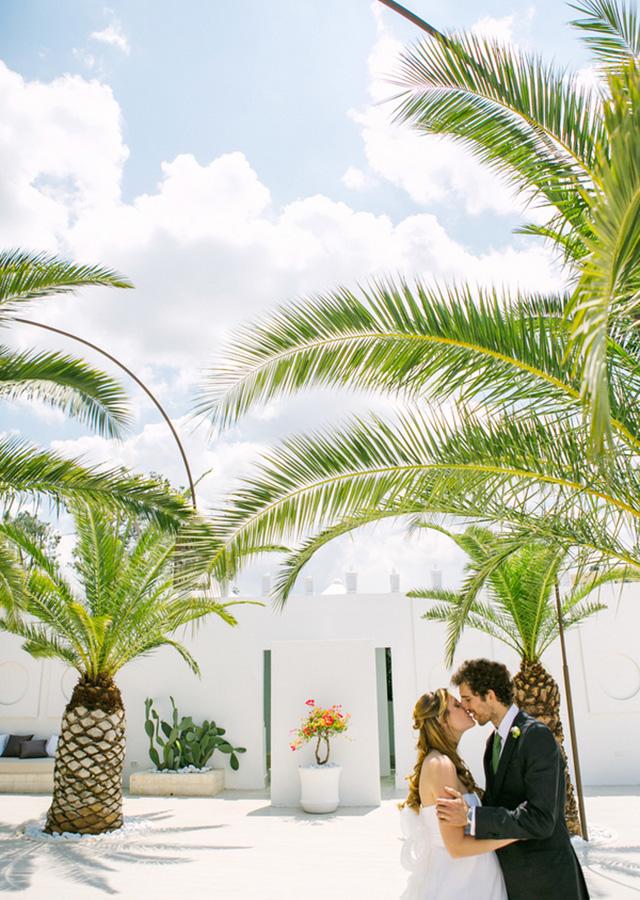 les-amis-photo-real-puglia-destination-wedding-10.jpg