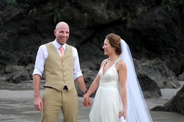 real-costa-rica-wedding-jennifer-harter-manuel-antonio-wedding-13.jpg