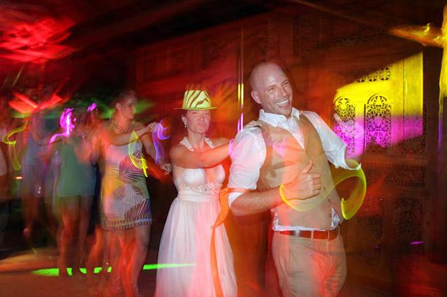real-costa-rica-wedding-jennifer-harter-manuel-antonio-wedding-28.jpg