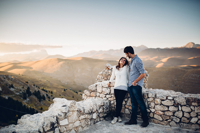 abruzzo-italy-engagement-session-wedding-reporter-01.jpg