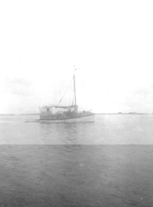 The orginal 32 foot single mast schooner cray boat the (ILMA – LFBG 8) used by Carl Newman