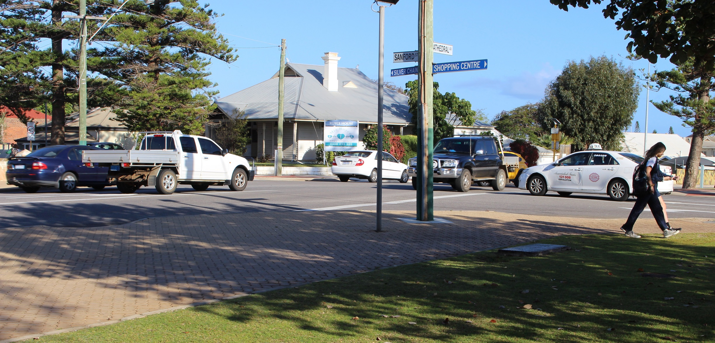 Early morning traffic congestion at the intersection of Cathedral Avenue and Sandford Street.