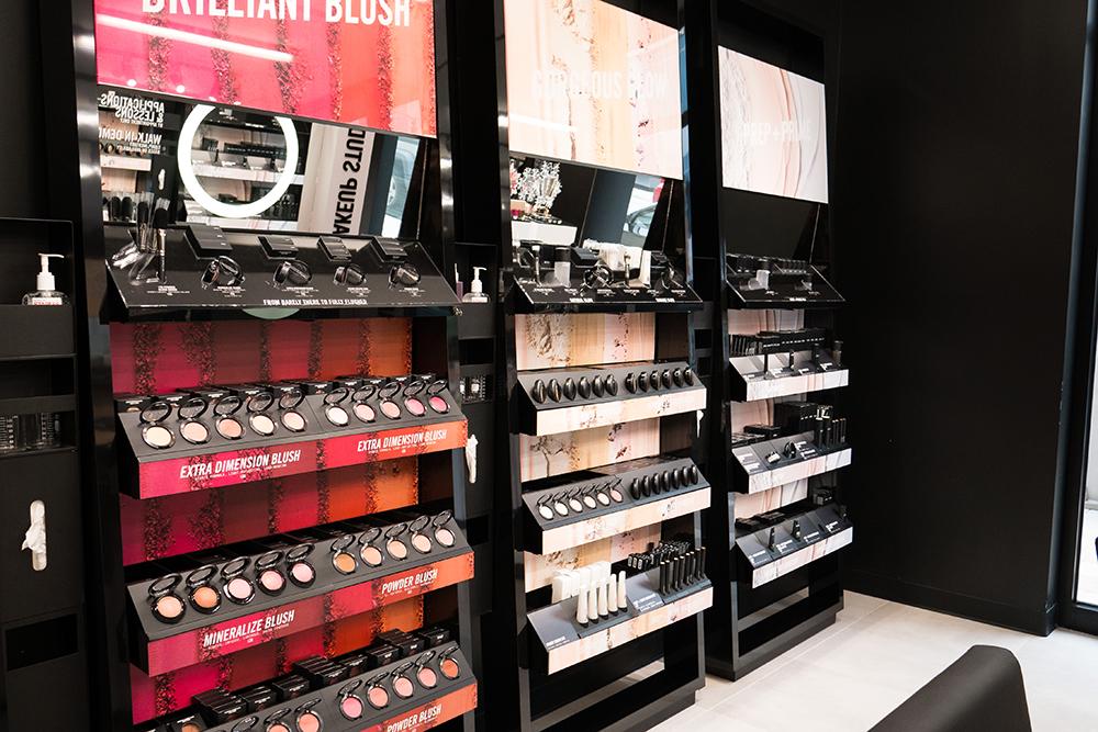 the_wieland_initiative_mac_cosmetics_new_store_format_in_store2.jpg