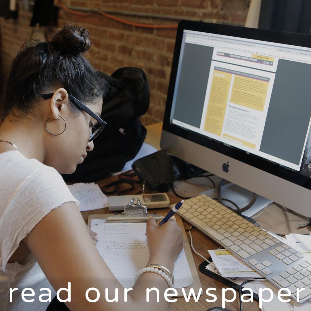 readournewspaper4.jpg