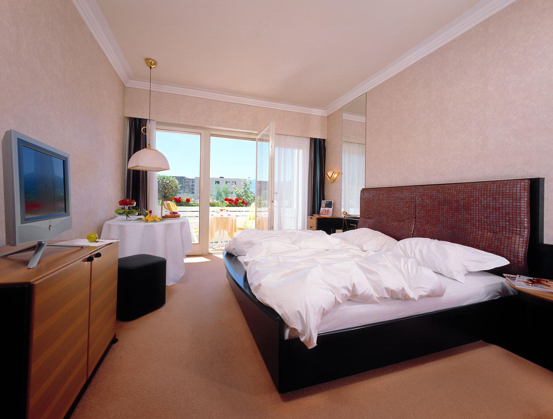 zimmer-balkon-hotel.jpg