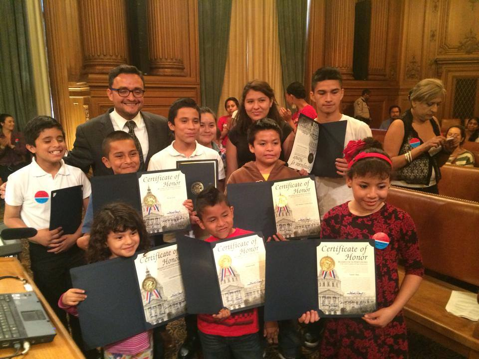 4 Pangea clients receive certificates of honor for their advocacy for the access to counsel ordinance and their courage (Sept. 2014)