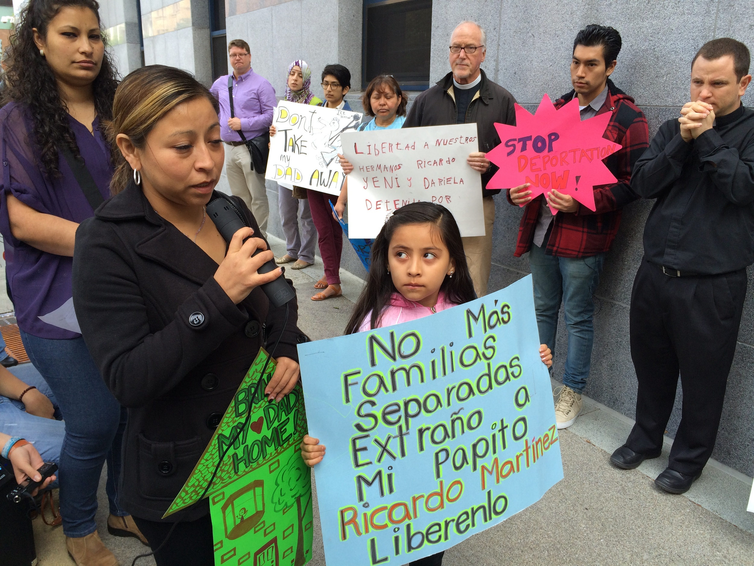 Pangea clients, community members, faith, and other advocates ask for family reunification in front of ICE, San Francisco (2014).
