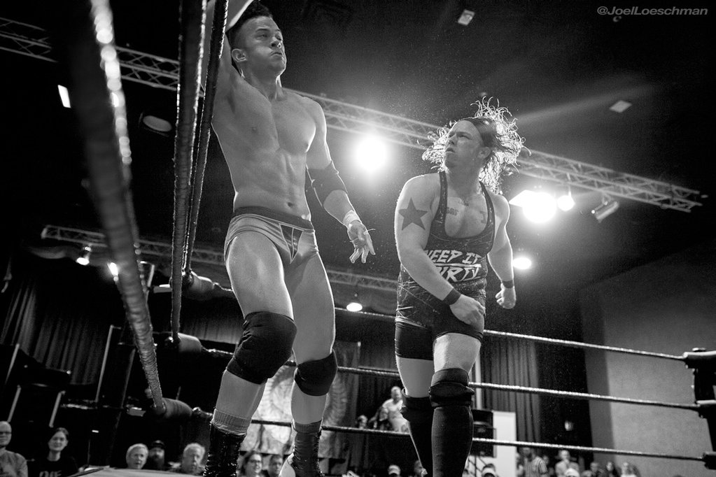 """""""Dirty"""" Andy Dalton comes dangerously close to winning the Inspire Pro Championship from current champ """"Absolute"""" Ricky Starks. Photo by Joel Loeschman."""