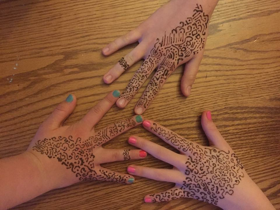 Three_Hands.jpg