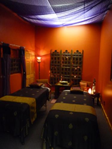 couples massage room_2.jpg