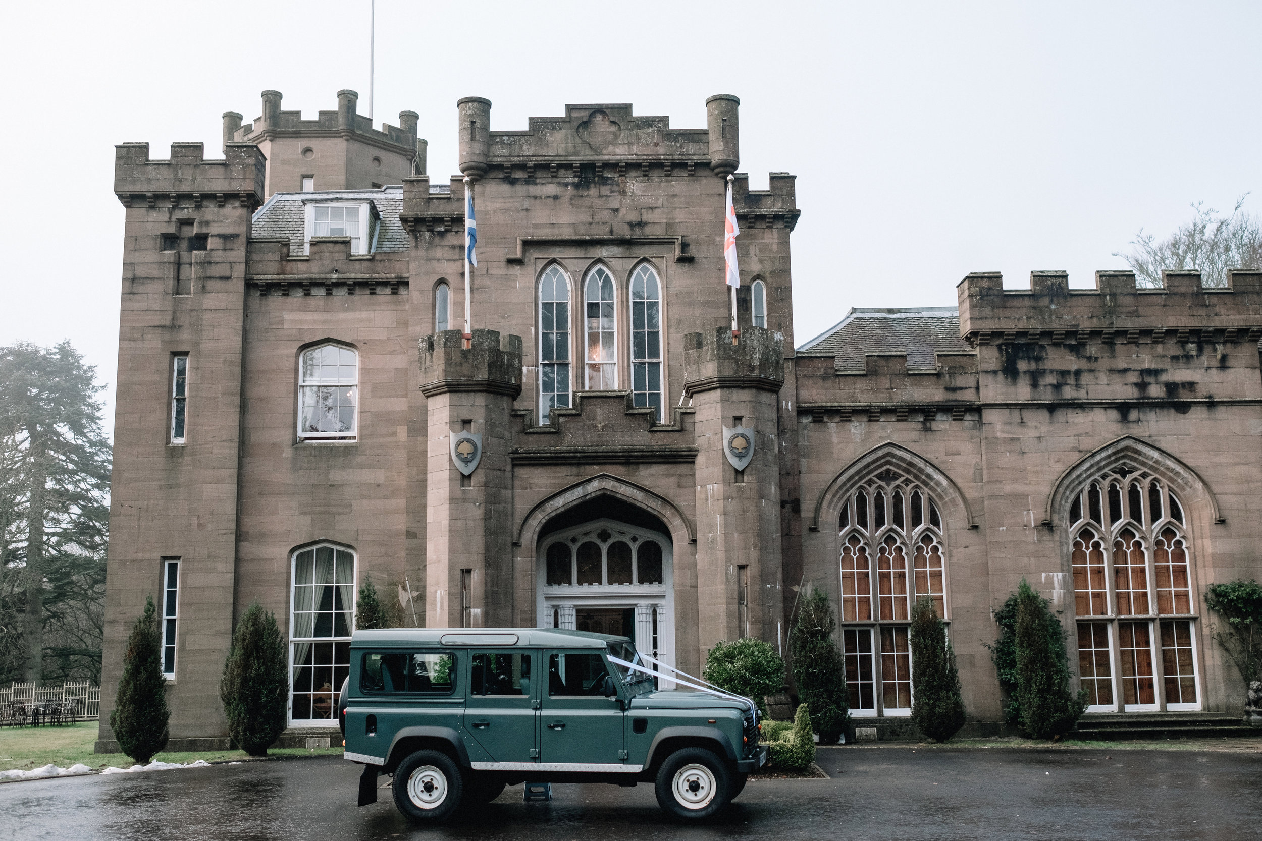 Defender parked outside Drumtochty Castle