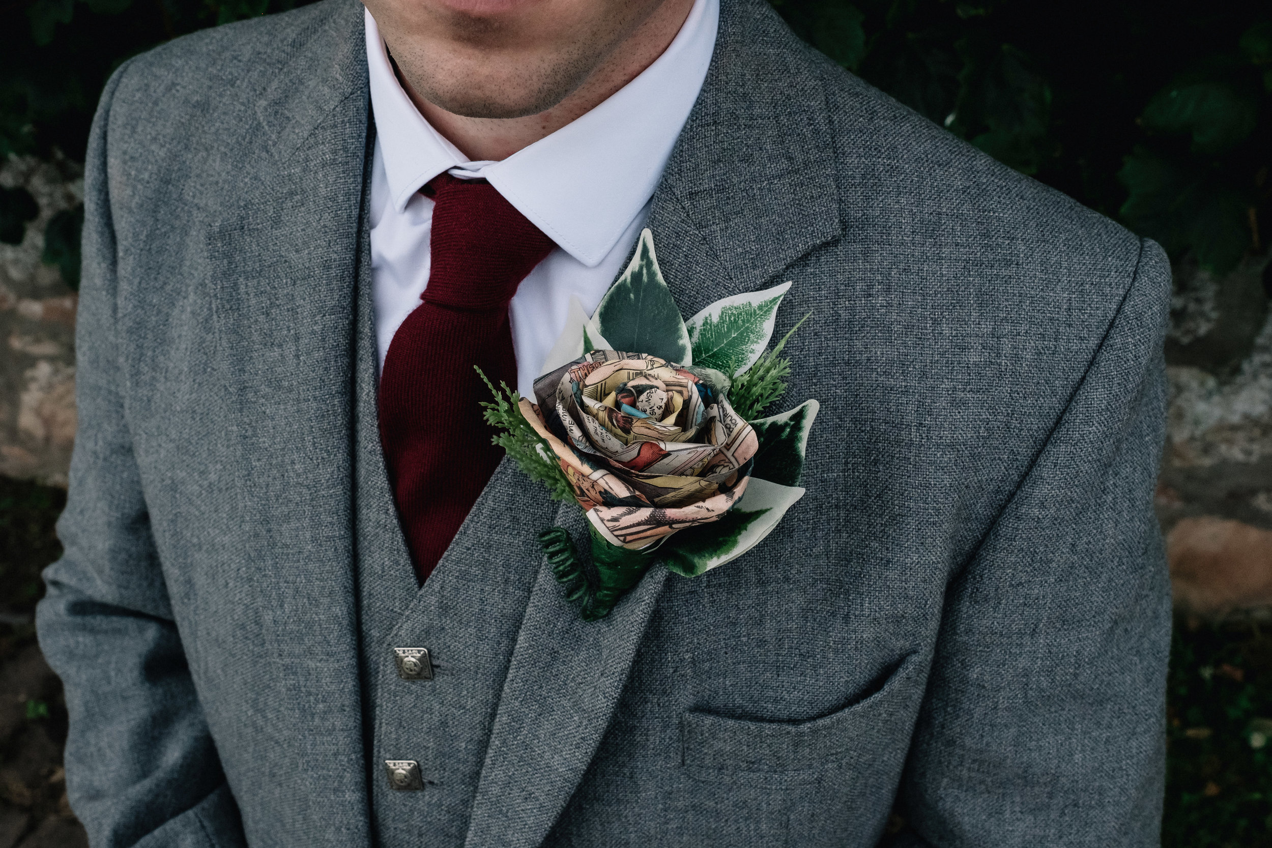 Avenger buttonhole