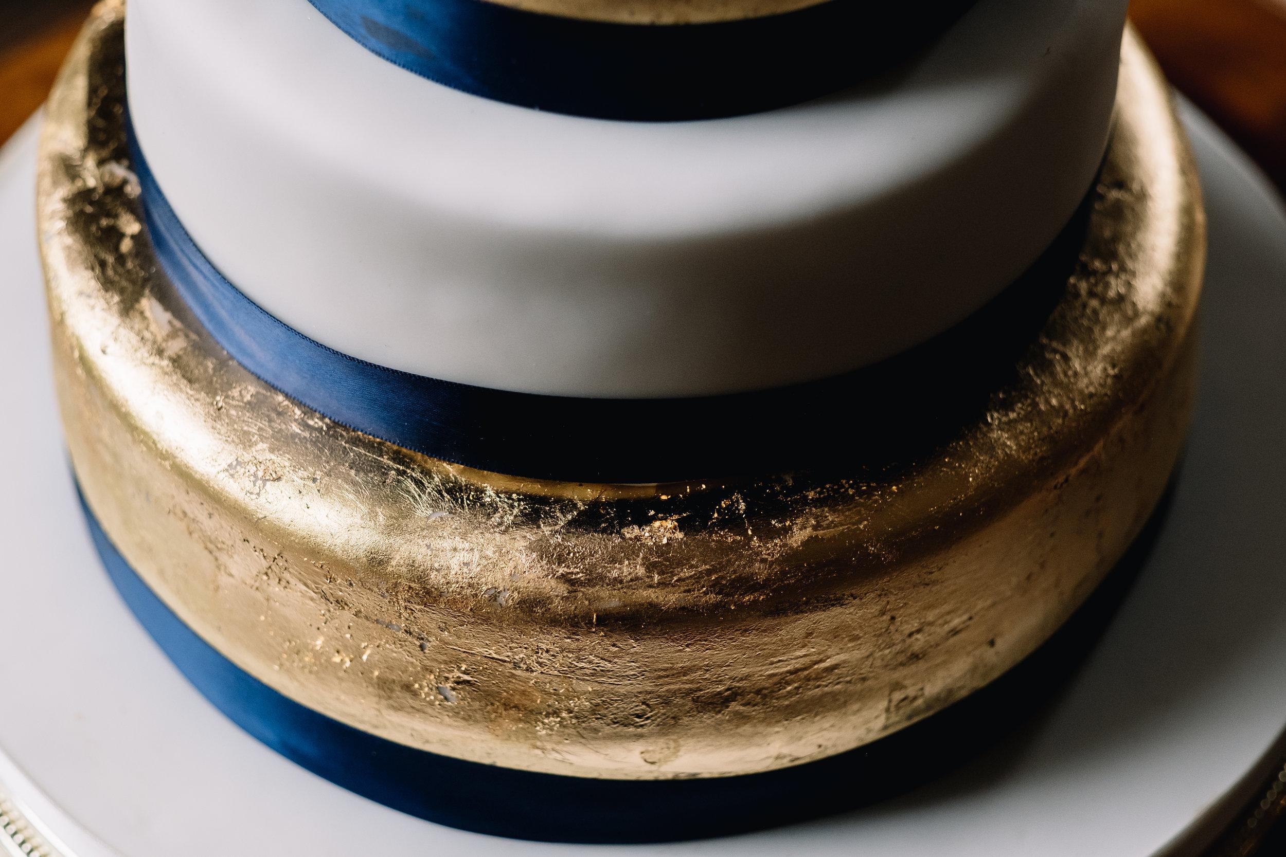 02-Drumtochty-Wedding-Cake.JPG