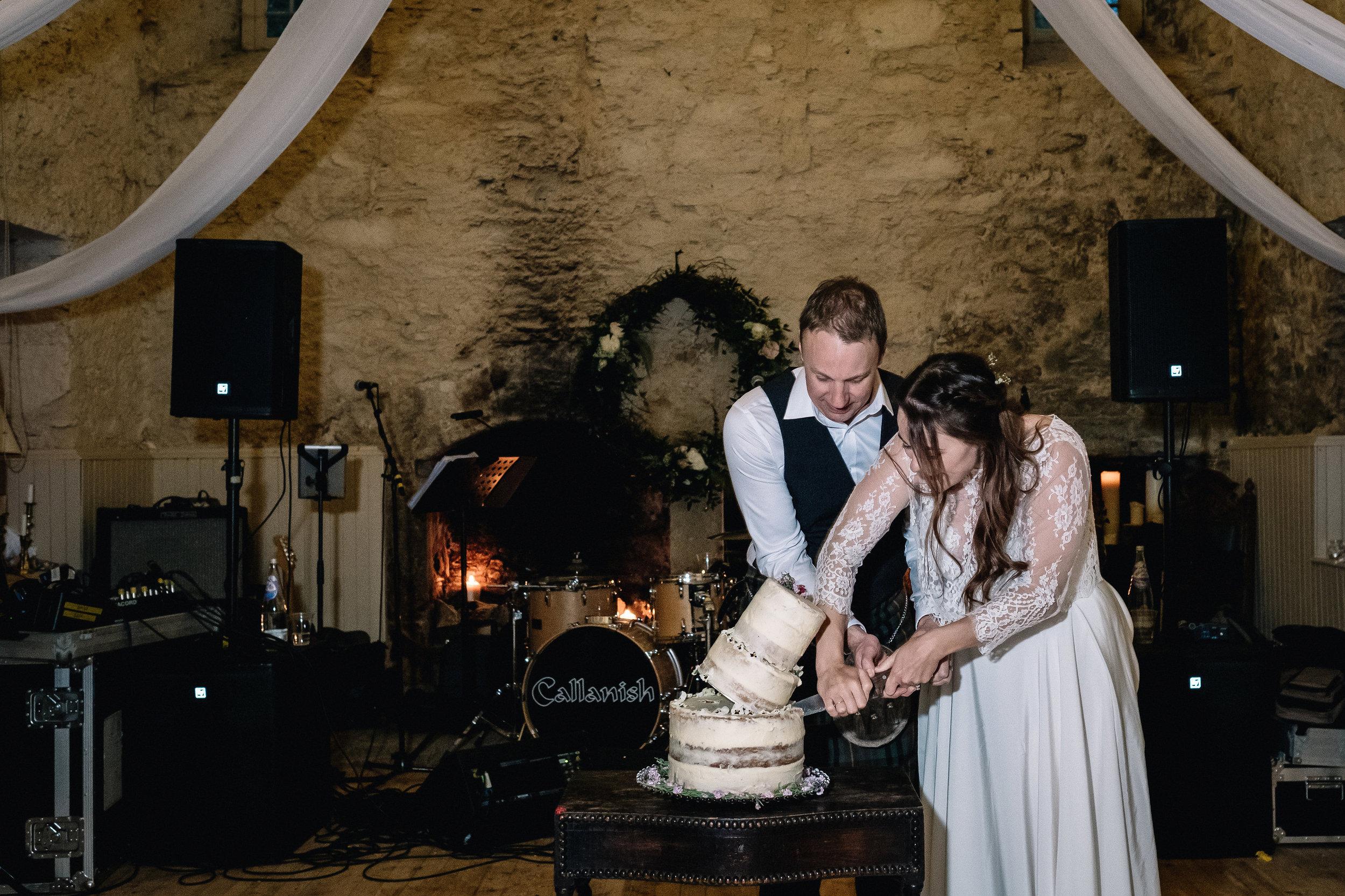 Lochnell Castle wedding cake