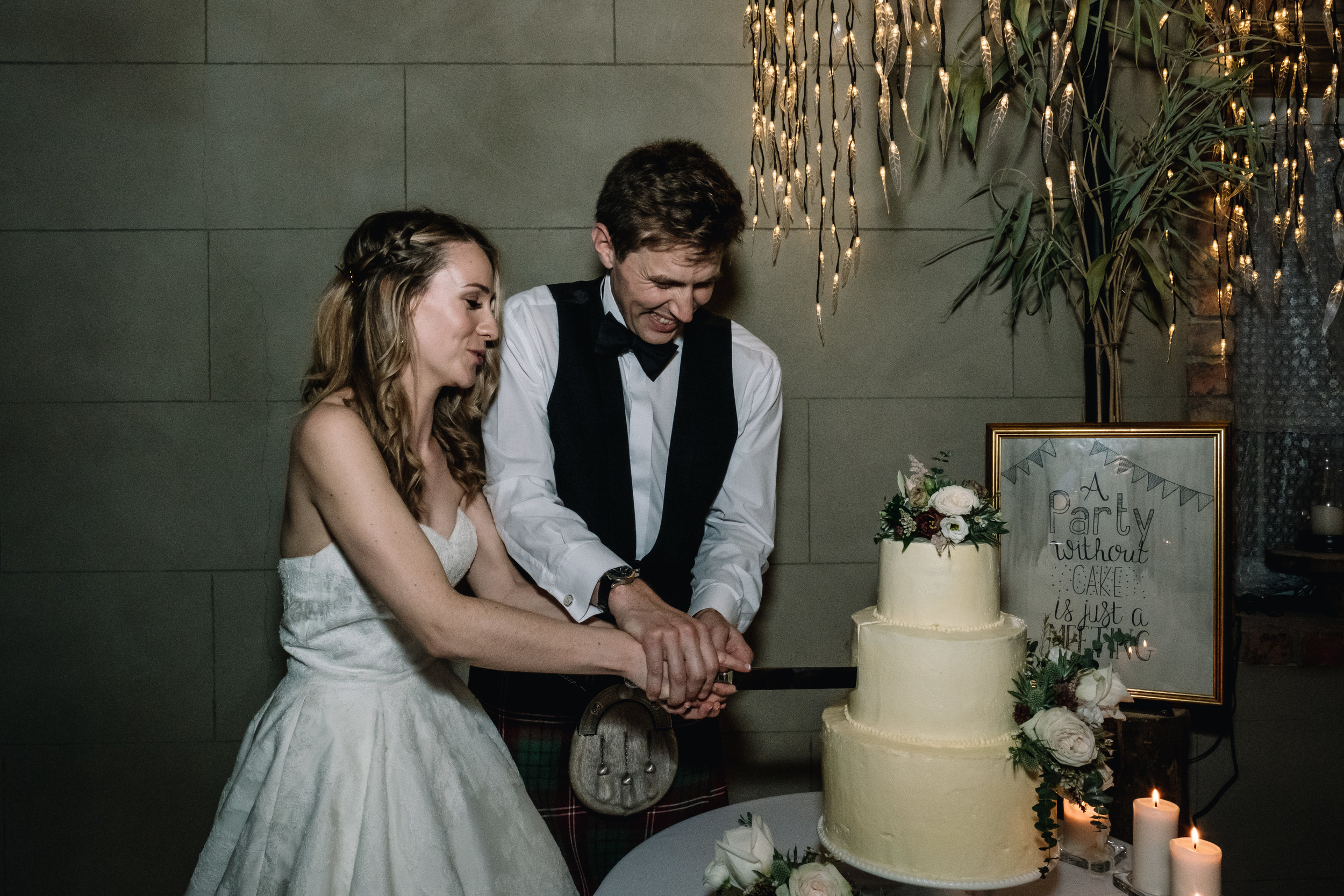 Grace Hall wedding cake