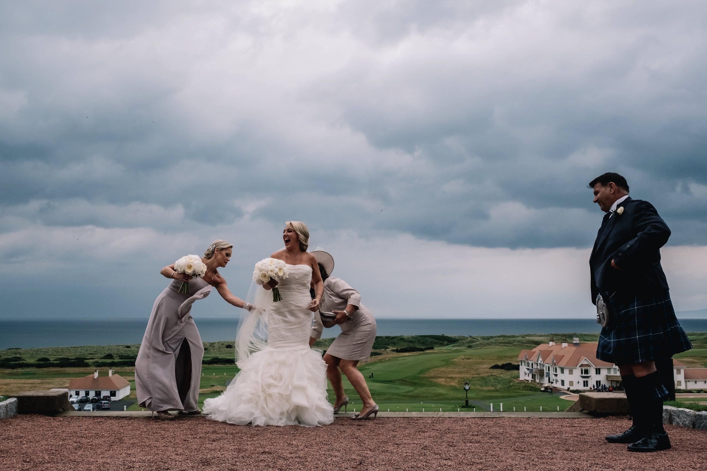 Bridesmaid fixed bridal dress