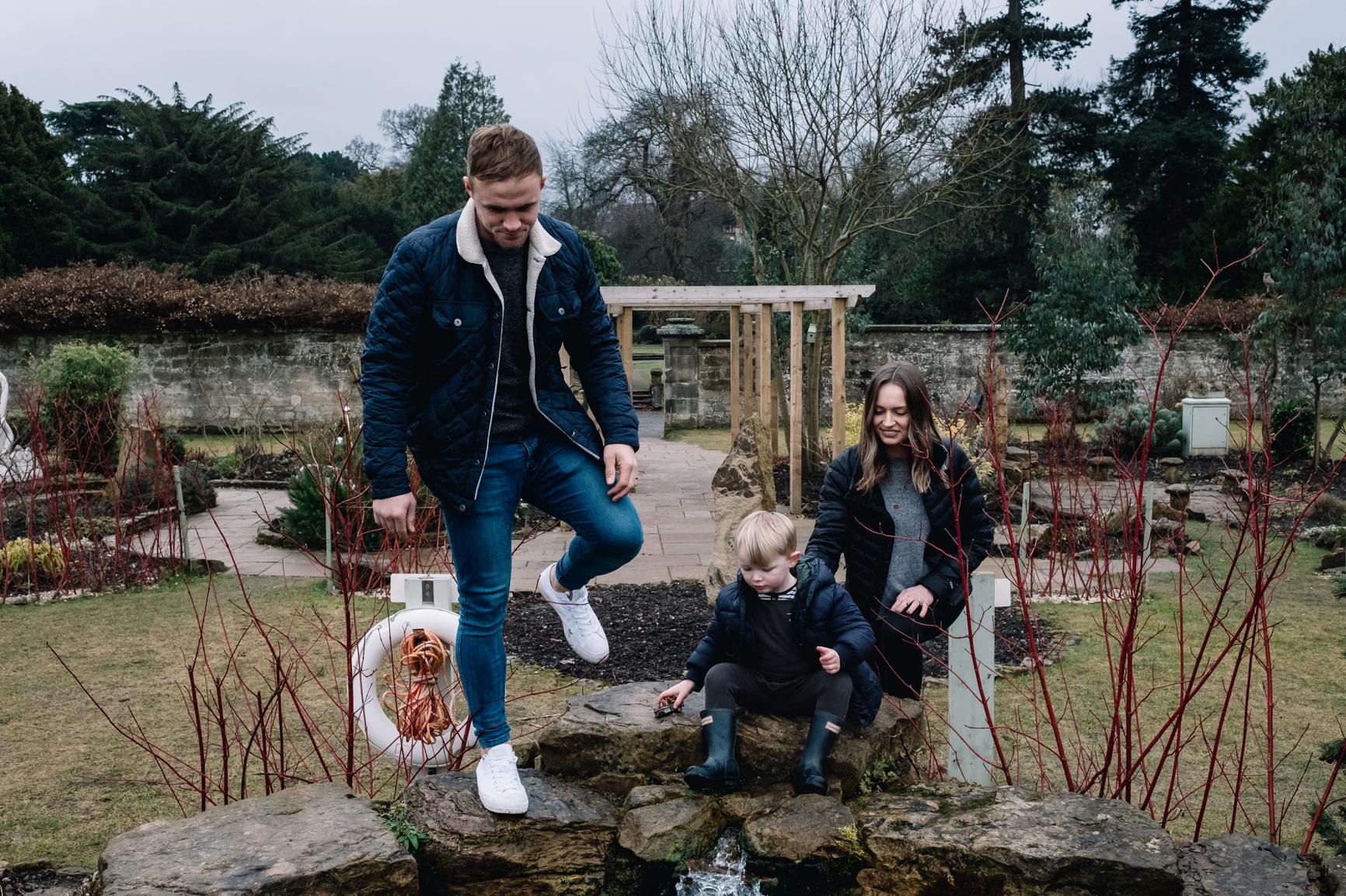 025-Scotland-Family-Photography-park.jpg