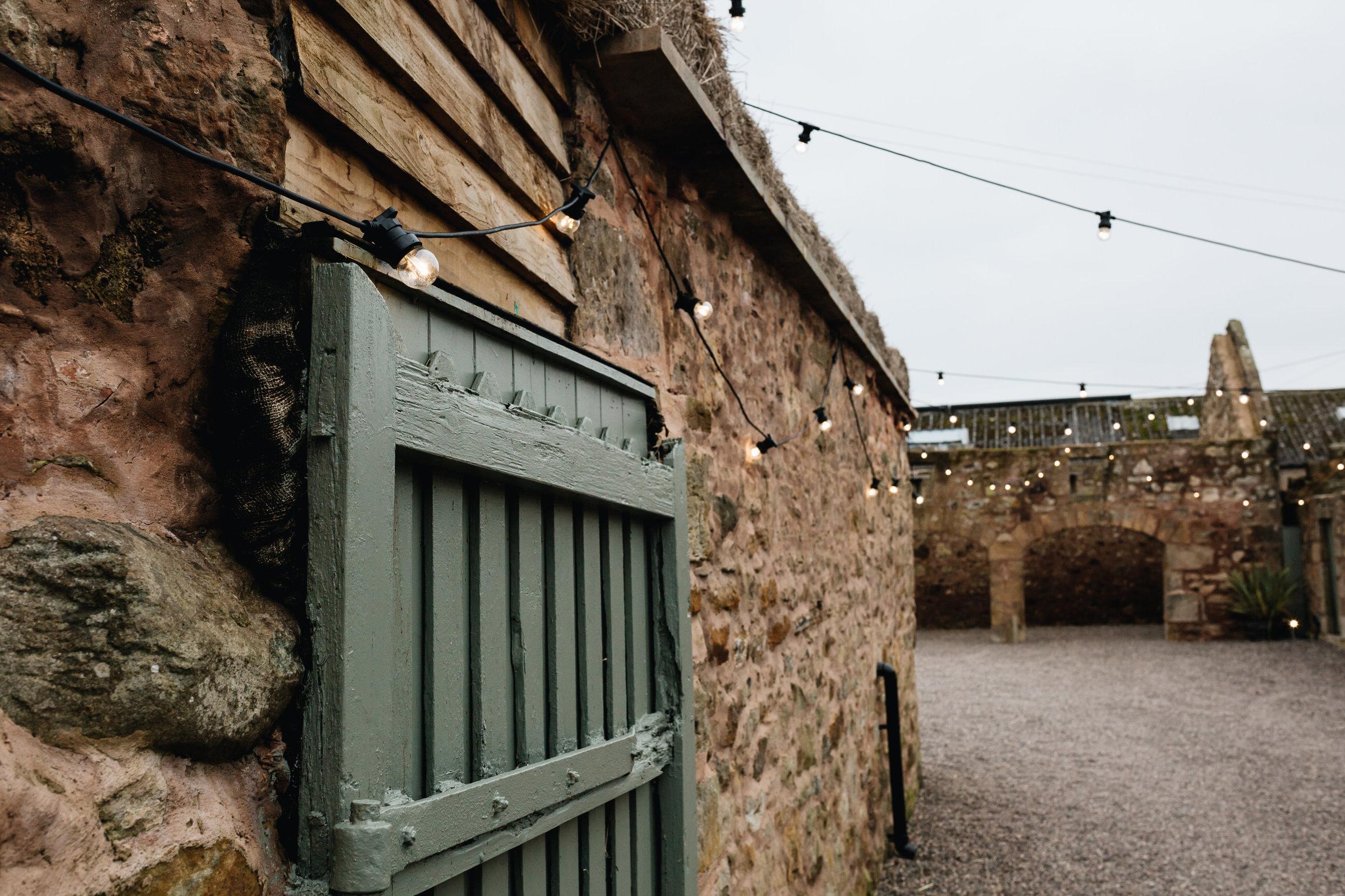 005-diy-barn-wedding-scotland.JPG
