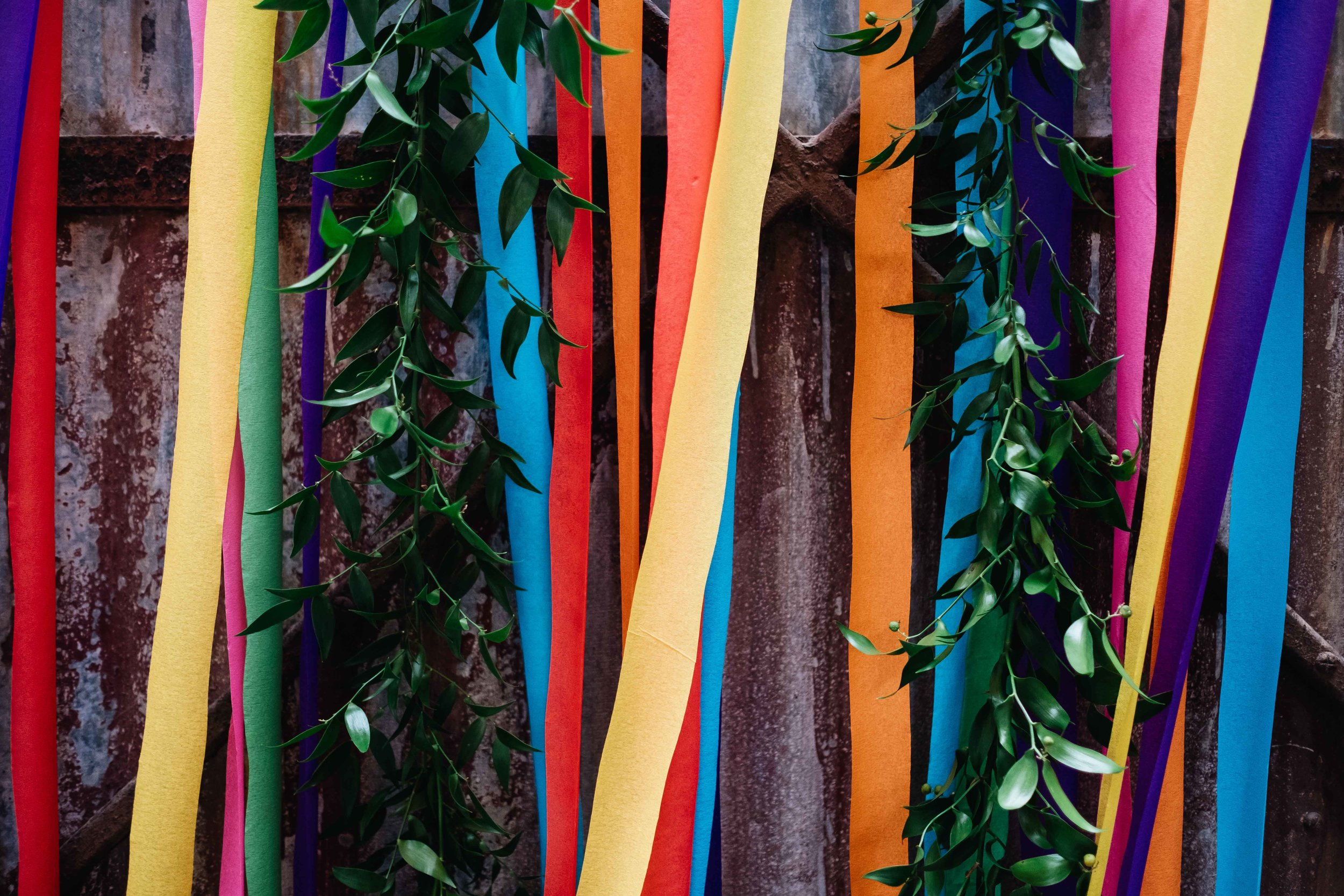 coloured streamers