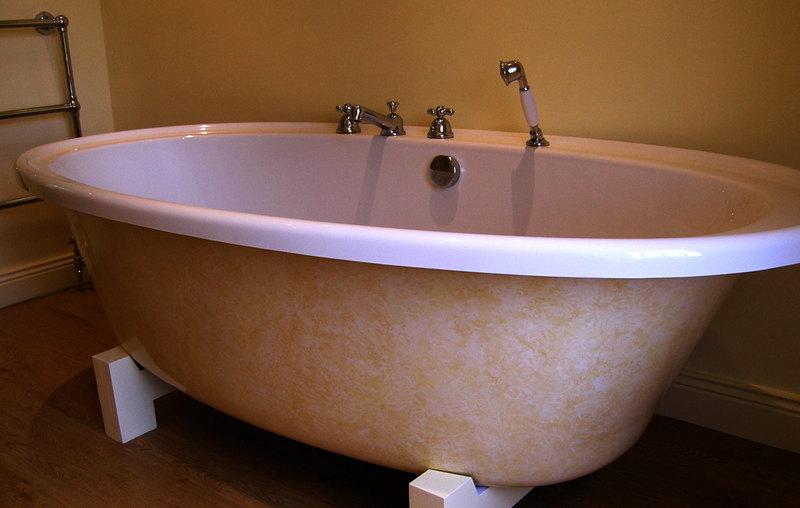 subtle paint finish on bathtub