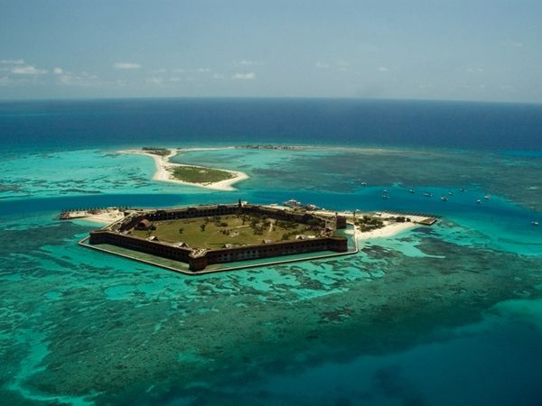 Dry Tortugas Getaway - 4+ LIVEABOARD days for maximum immersion into the end of the Florida Keys archipelago