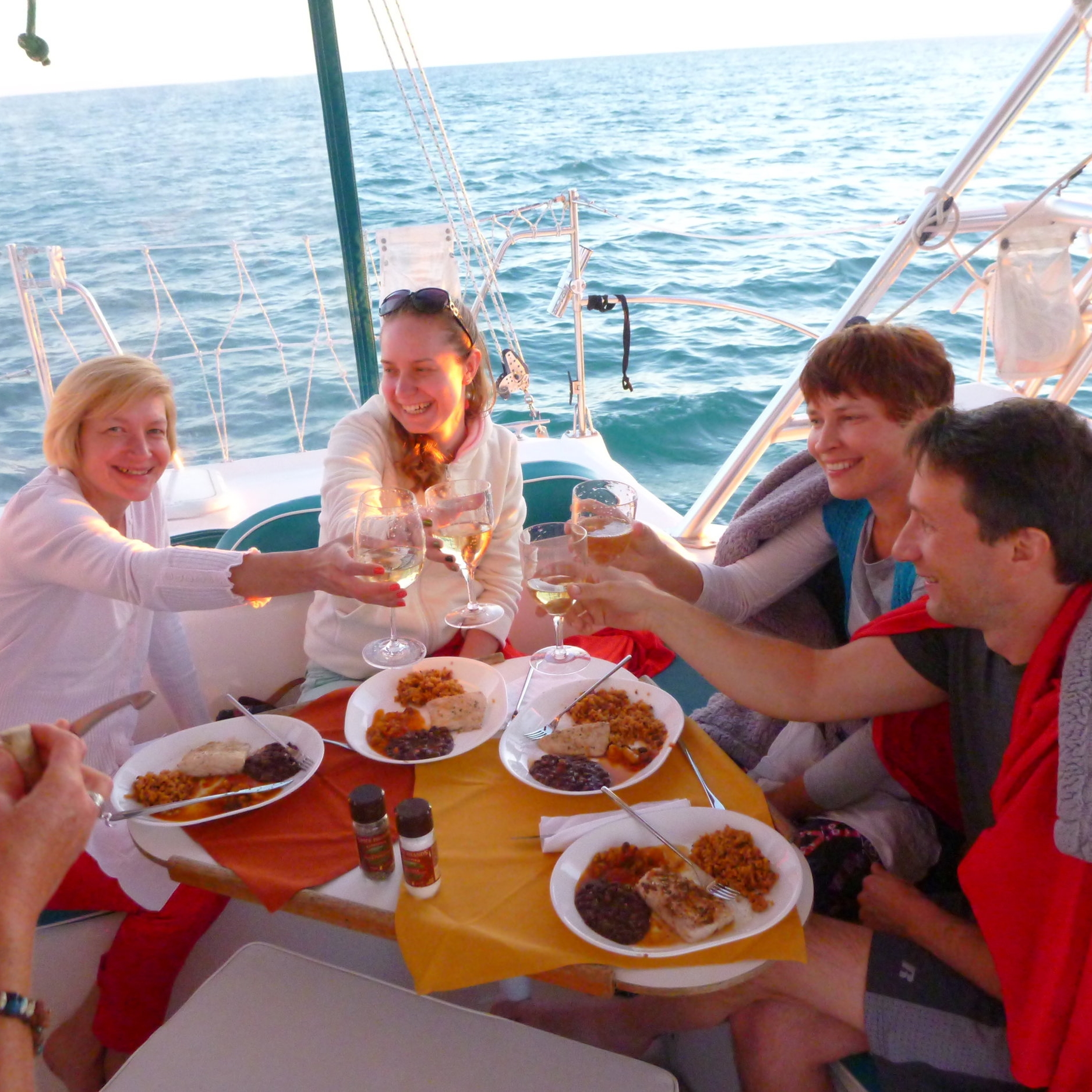 Dinner Cruise - Small DINNER PARTY at sea