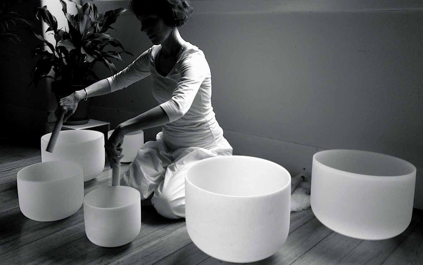 crystal-bowls_play3.jpg