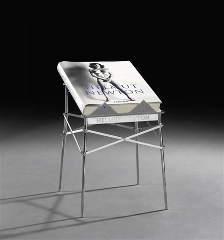 helmut-newton-sumo-(with-metal-book-stand).jpg