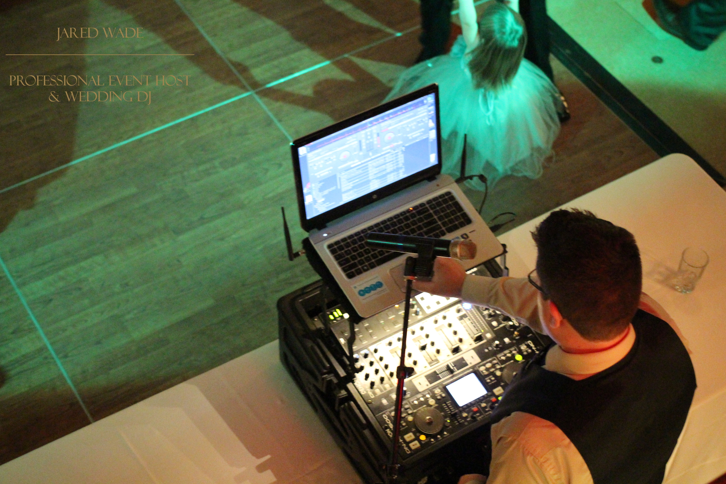 Jared Wade Professional Event Host | Best Indianapolis Wedding DJ | Indianapolis Indiana Wedding | Indiana Wedding DJ | Jared Wade Professional Wedding DJ | Indianapolis Dance Party