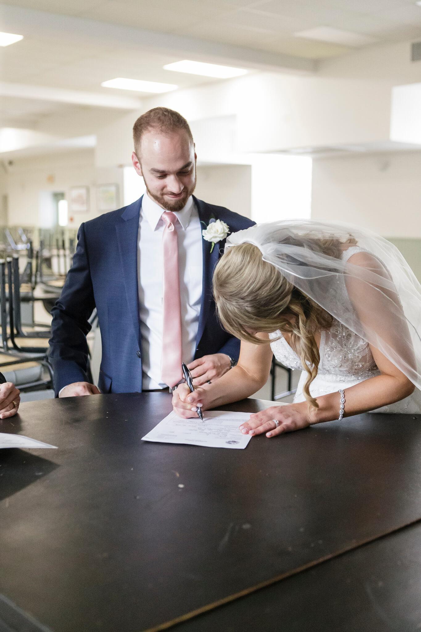 Conrad Indianapolis Wedding  www.ErikaBrownPhotography.com-0404.jpg