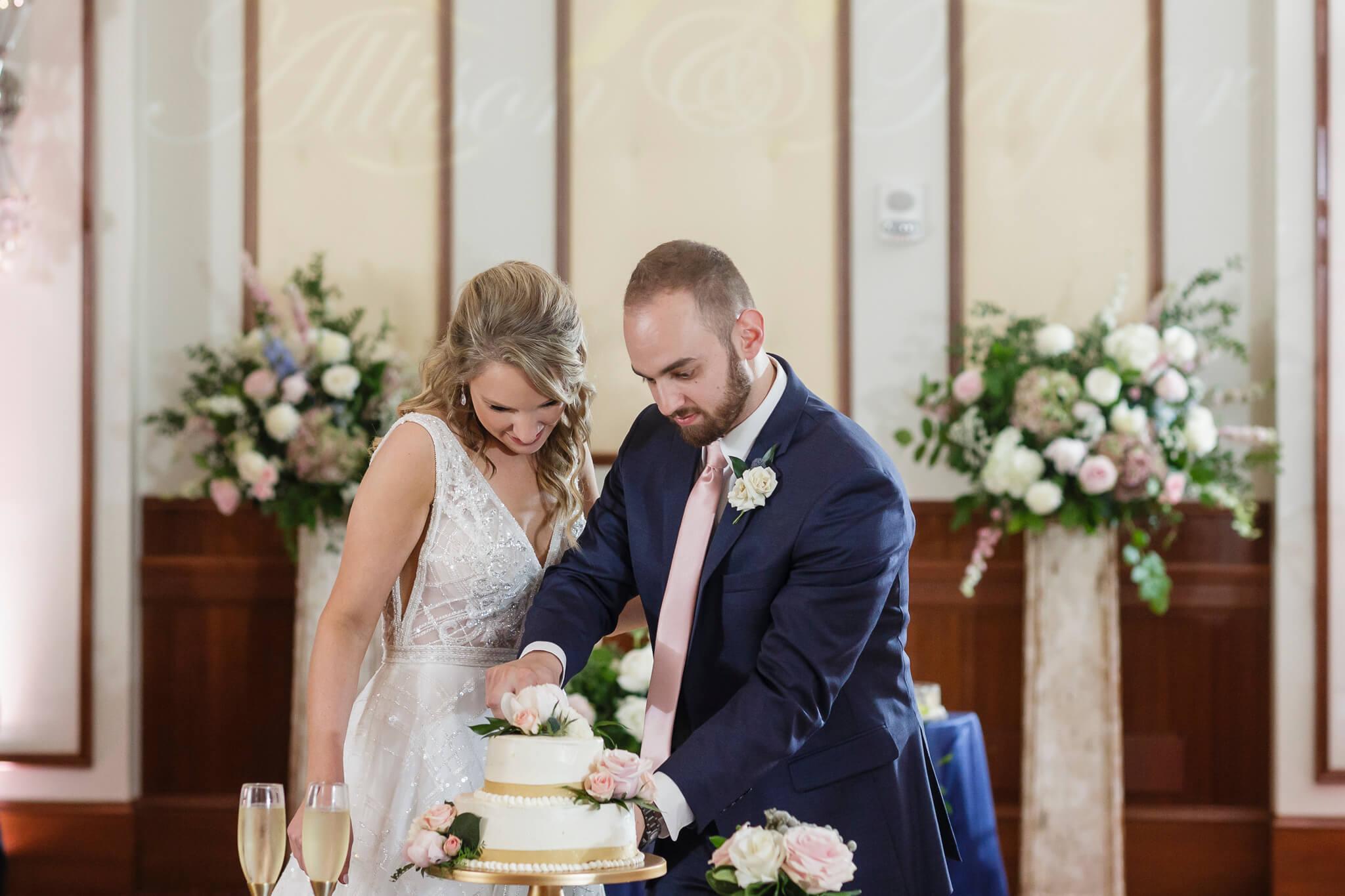 Conrad Indianapolis Wedding  www.ErikaBrownPhotography.com-0585.jpg