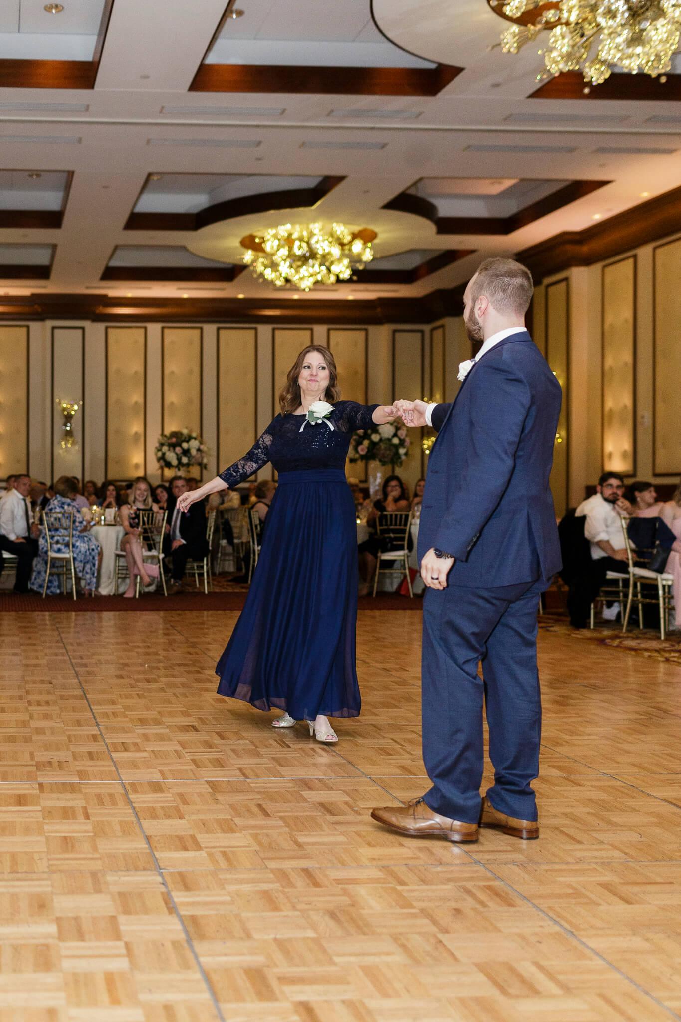 Conrad Indianapolis Wedding  www.ErikaBrownPhotography.com-0662.jpg