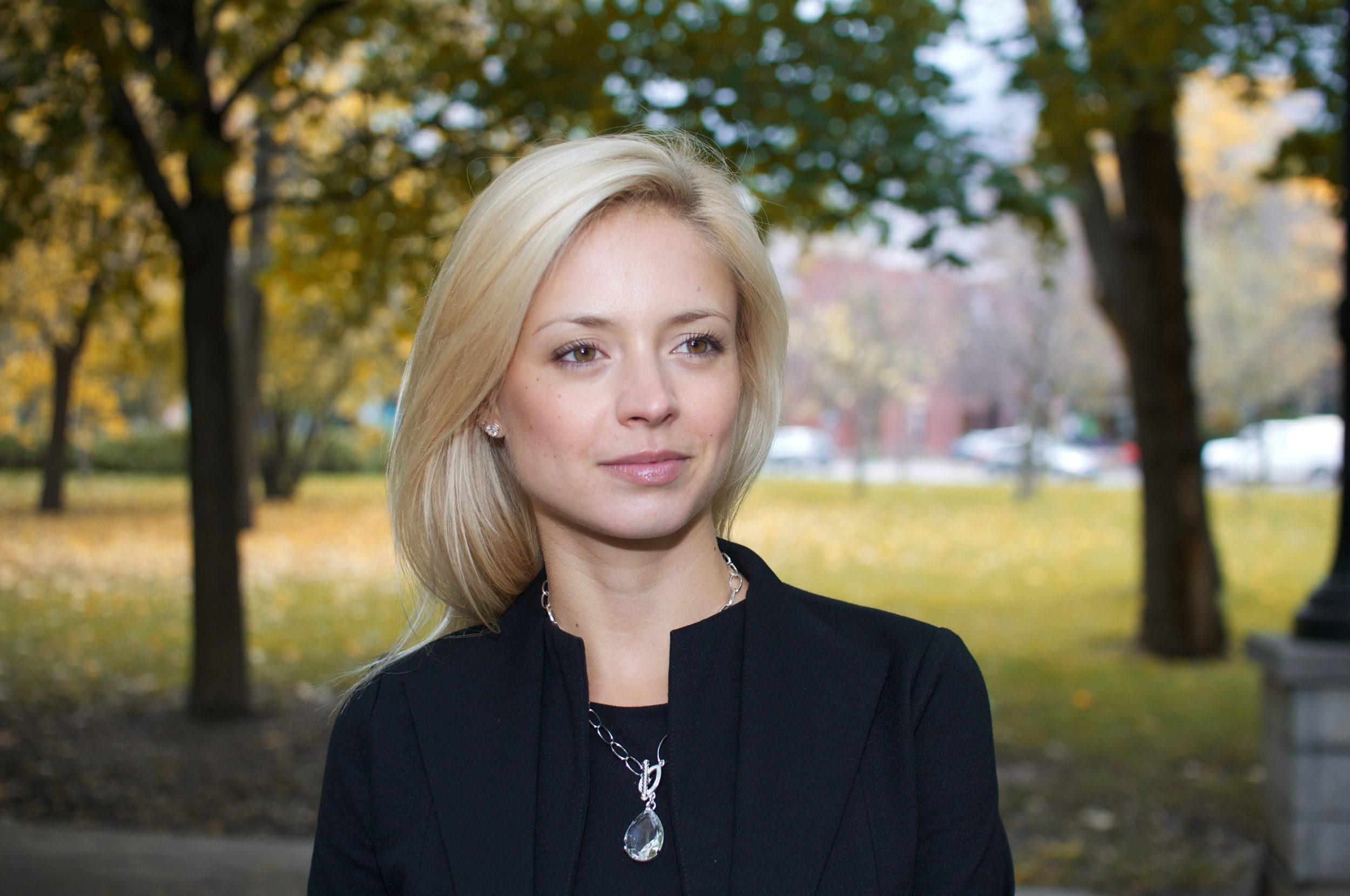 Julienne Glorieux, B.Arch, MBA, PMP, violoniste & co-fondatrice