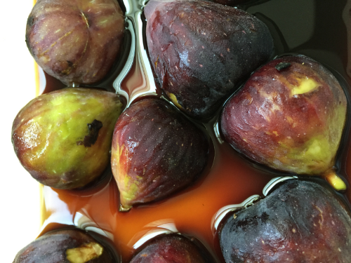 Bathing beauties. I soaked the halved figs, cut side down,in balsamic vinegarfor about an hour.