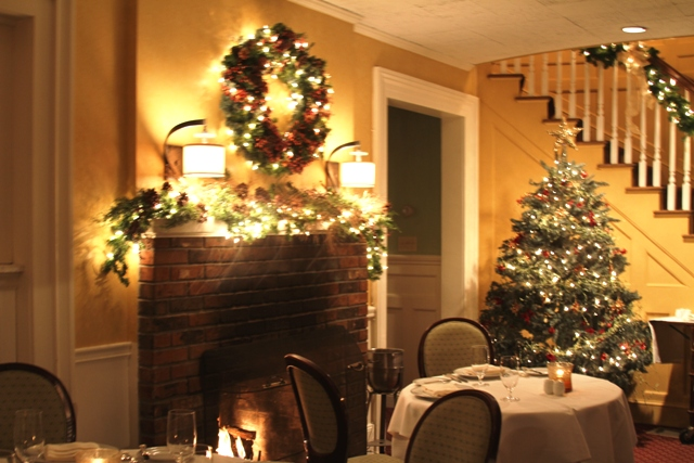 Main Dining Room - Holidays