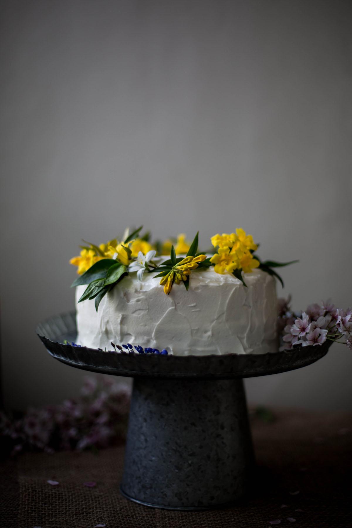flower cake tara.jpg