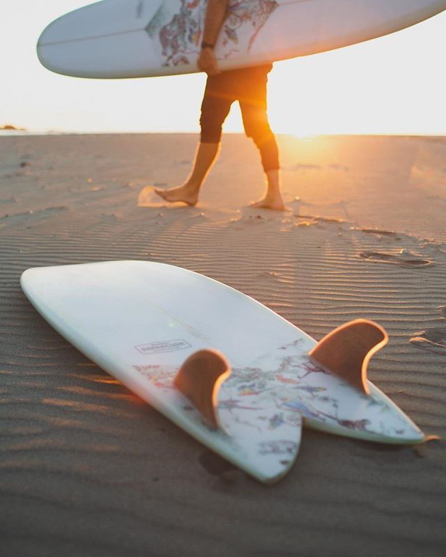 Sunny October Surfs. Photo: @poppetpenn #supportyourlocalshaper #madeincanada