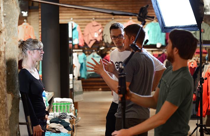 Im Film werden besonders die  Mitarbeiter in Szene gesetzt - hier erwischt es gerade Lisa aus dem  Online-Marketing. (Foto: André Tappe)