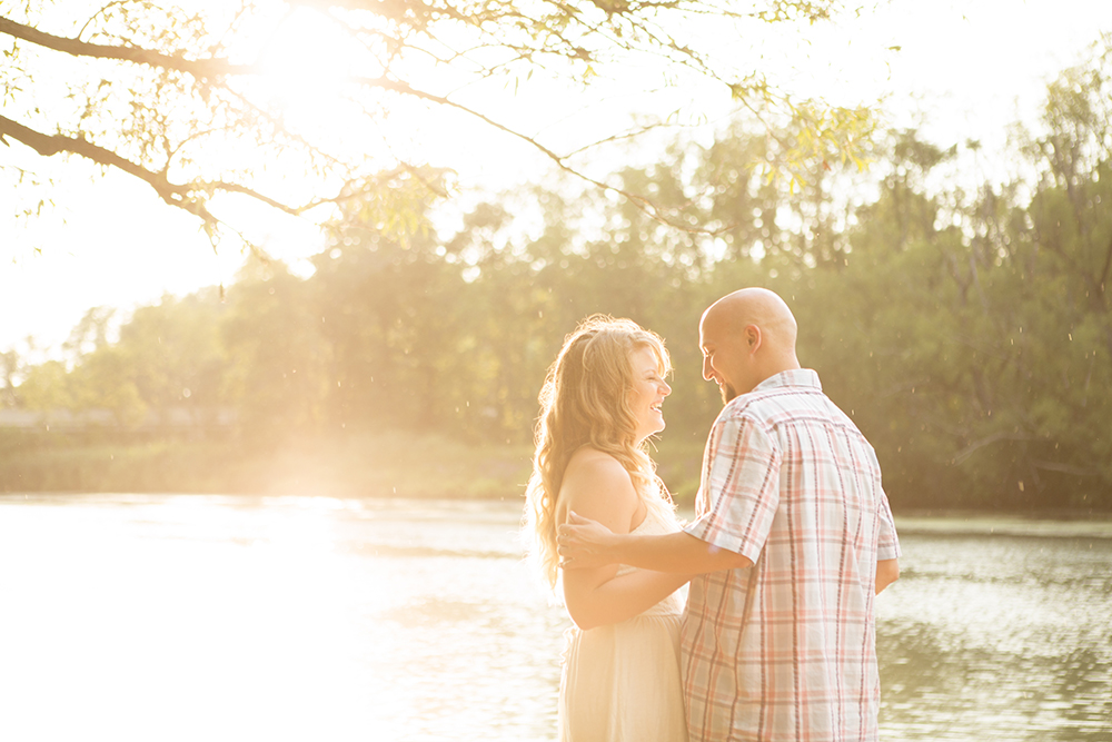 niagara-portrait-engagement-photographer-fonthill-niagara-on-the-lake-niagara-falls.jpg