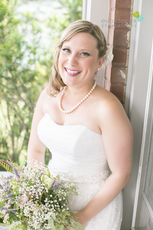 toronto-wedding-photographer-toronto-weddings-GTA-backyard-weddings-eva-derrick-photography-0189.jpg