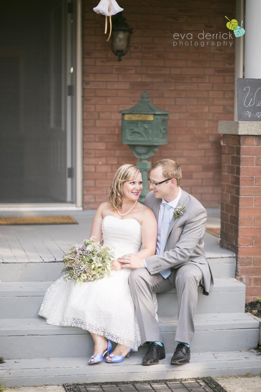 toronto-wedding-photographer-toronto-weddings-GTA-backyard-weddings-eva-derrick-photography-0410.jpg