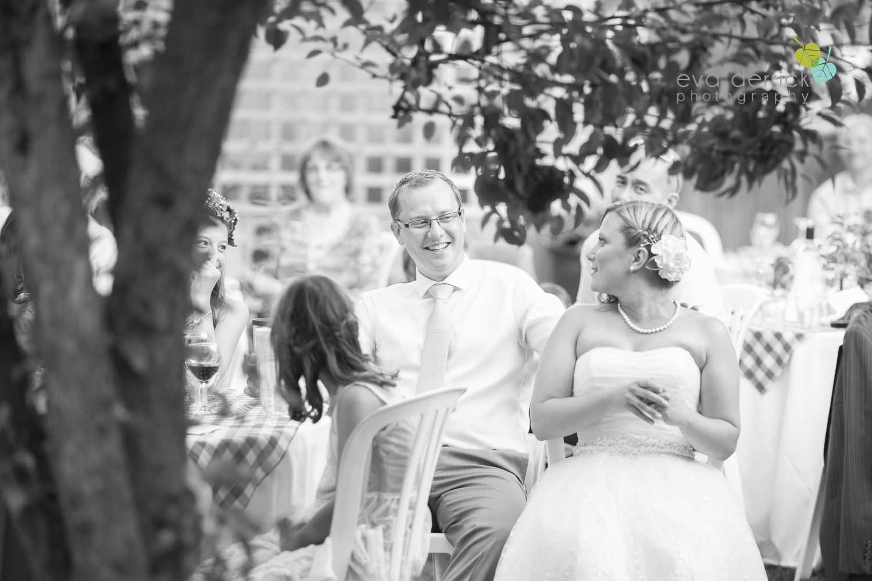 toronto-wedding-photographer-toronto-weddings-GTA-backyard-weddings-eva-derrick-photography-0562.jpg