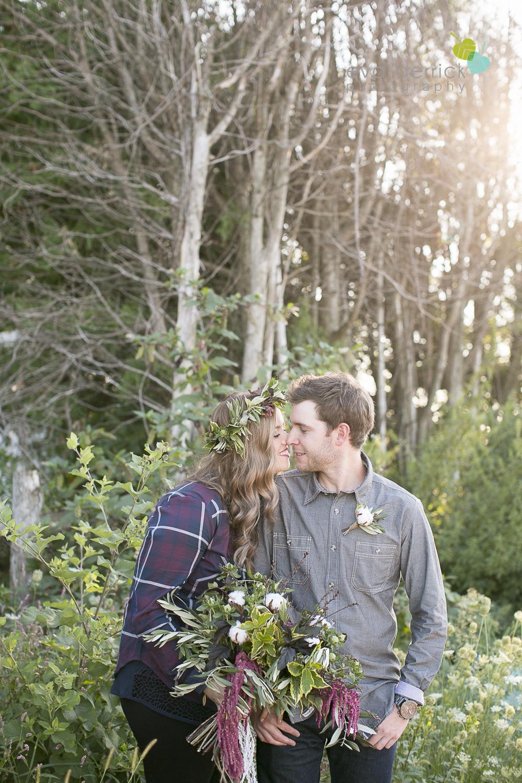 niagara-wedding-photographer-niagara-wedding-photographer-engagement-photographer-niagara-engagements-engagement-session-honsberger-estate-winery-wedding-venue-farm-barn-barn-weddings-eva-derrick-photography-florals-floral-crown-bouquet-oohlala-oh-la-la-designs-niagara-florist-photography-photographs-couples-couple-photo-edp_e_britney_matt-0048.jpg
